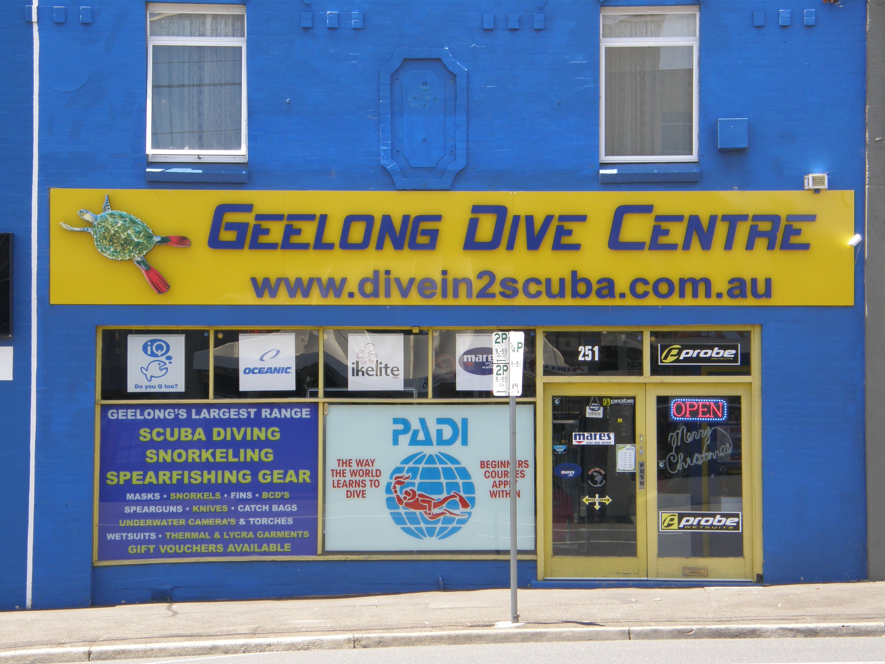 Geelong Dive Centre shop